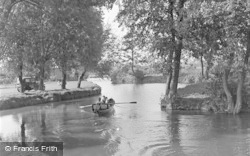 Tonbridge, The River Medway 1948