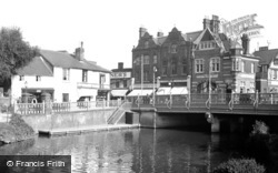 Tonbridge, The River Medway And Bridge 1951