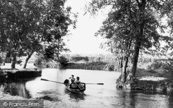 Tonbridge, The River Medway c.1950