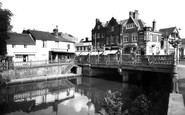 Tonbridge, Town Bridge c1960