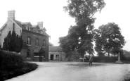 Tong, Bell Inn 1902