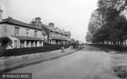 Tongham, Oxenden Road 1921