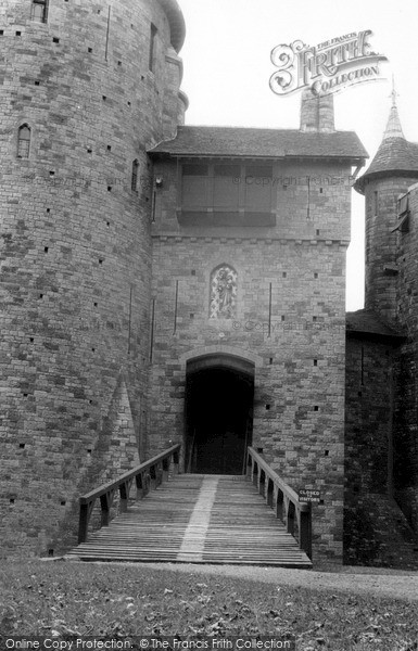 Photo of Tongwynlais, Portcullis, Castell Coch c.1960