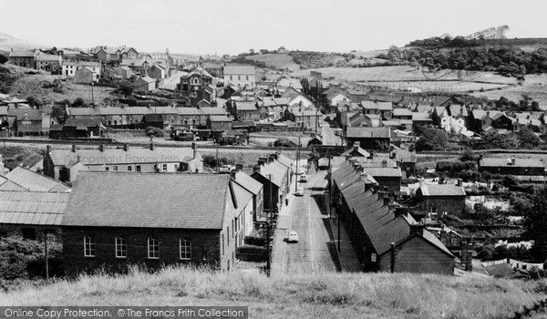 Photo of Tonyrefail, Waun Rhydd Road And High Street 1959