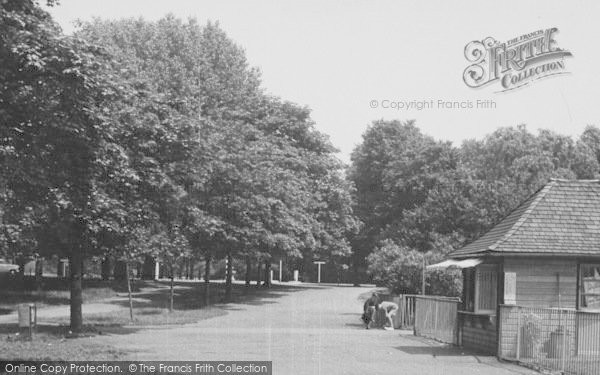 Photo of Tooting Bec, Common 1954