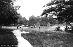 Tooting Bec, The Common Pavilion 1951