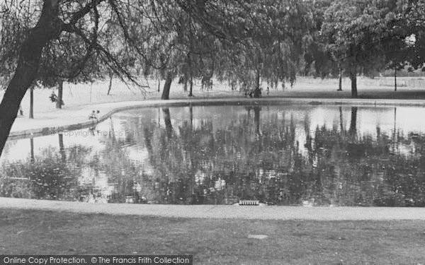 Photo of Tooting Bec, The Pond 1951