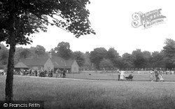 Tooting Bec, The Running Track And Pavilion 1951