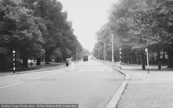 Photo of Tooting Bec, Tooting Bec Road 1961