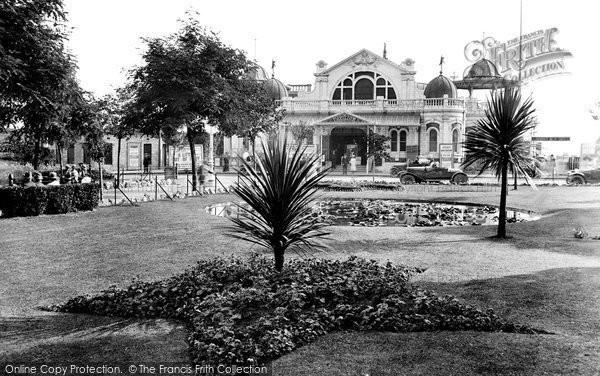 Photo of Torquay, The Pavilion 1920