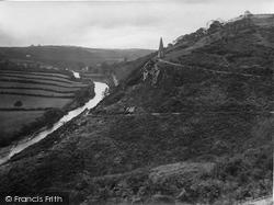 Torrington, Castle Hill And Obelisk 1923, Great Torrington