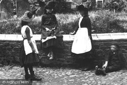 Torrington, Girls 1890, Great Torrington