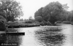 Totton, Testwood Salmon Pool c.1960