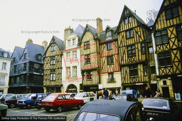 Photo of Tours, Place Plumereau 1984