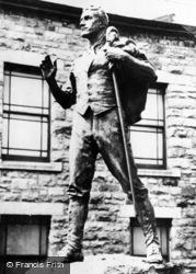 Trawsfynydd, Statue Of Hedd Wyn c.1955