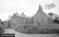 Trefecca, Coleg Trefeca A'r Capel (Trefeca College And The Chapel) 1963
