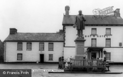 Tregaron, The Henry Richard Statue c.1965