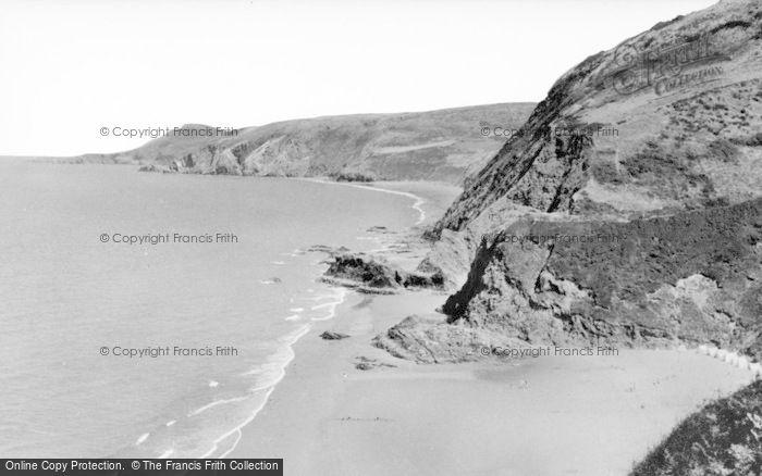 Photo of Tresaith, Carreg Y Trothwy c.1960