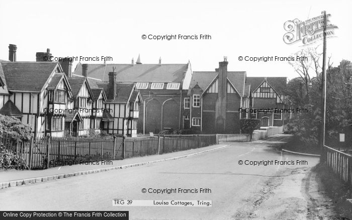 Photo of Tring, Louisa Cottages c.1965