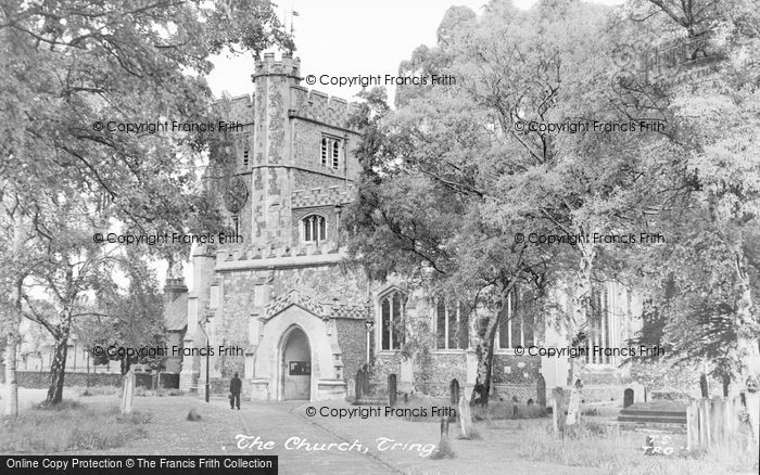Photo of Tring, St Peter And St Paul's Church c.1950