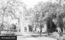 Tring, St Peter And St Paul's Church c.1960