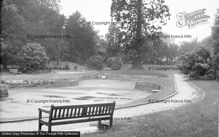 Photo of Tring, The Memorial Gardens c.1955