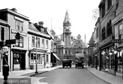 Trowbridge, Fore Street And Town Hall 1923