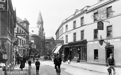 Trowbridge, Silver Street And Town Hall 1900