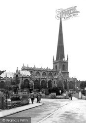 Trowbridge, St James's Church From The North East c.1955