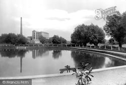 Trowbridge, The Lake, People's Park 1923