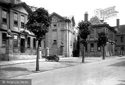Trowbridge, The Parade 1923