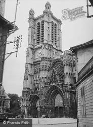 Cathedral 1938, Troyes