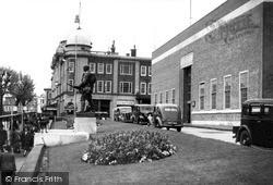 Tunbridge Wells, Library And Museum c.1955