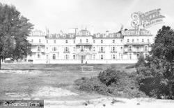 Tunbridge Wells, The Wellington Hotel c.1955