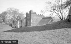 Tutbury, Castle 1948