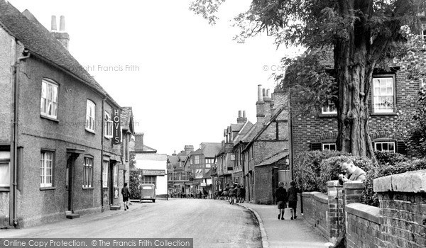 Twyford, High Street c1955