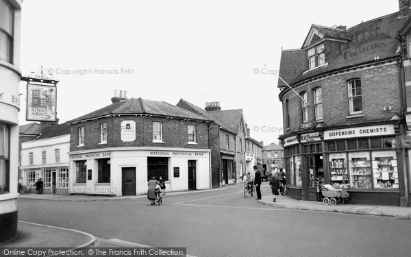 Twyford, the Cross Roads c1955