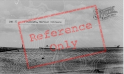 Harbour Entrance c.1955, Tynemouth