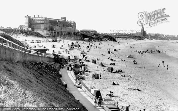 Photo of Tynemouth, Long Sands 1962, ref. t142063