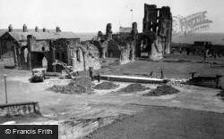 Tynemouth, Priory 1961