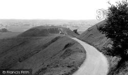 Dragon's Hill c.1955, Uffington