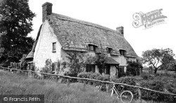 Uffington, The Thatched Cottage c.1960
