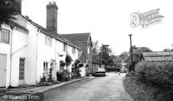 Ullenhall, White Cottage And War Memorial c.1965