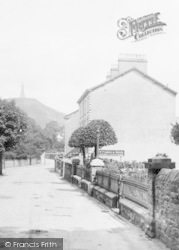 Ulverston, St Mary's Church Walk 1929