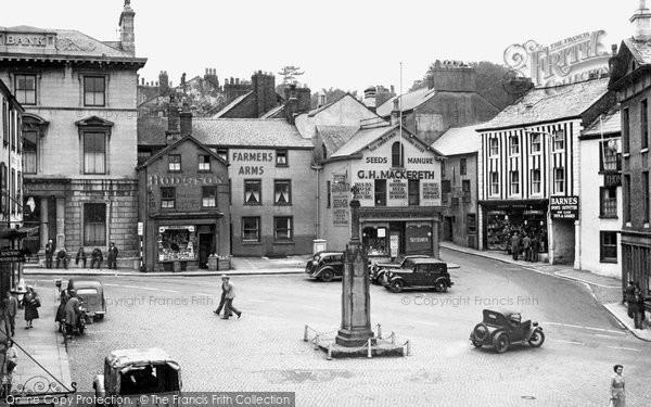 Photo of Ulverston, The Cross c.1950