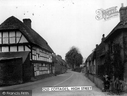 Upavon, Old Cottages, High Street c.1965