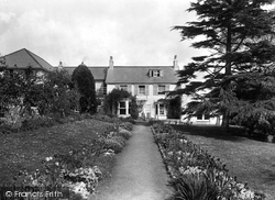 Uplyme, Harcombe House 1925