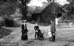 Upminster, A Family Outing 1909