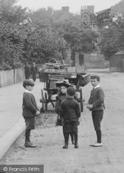 Upminster, Children In Station Road 1908