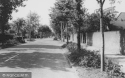 Upminster, Gaynes Park Road c.1960